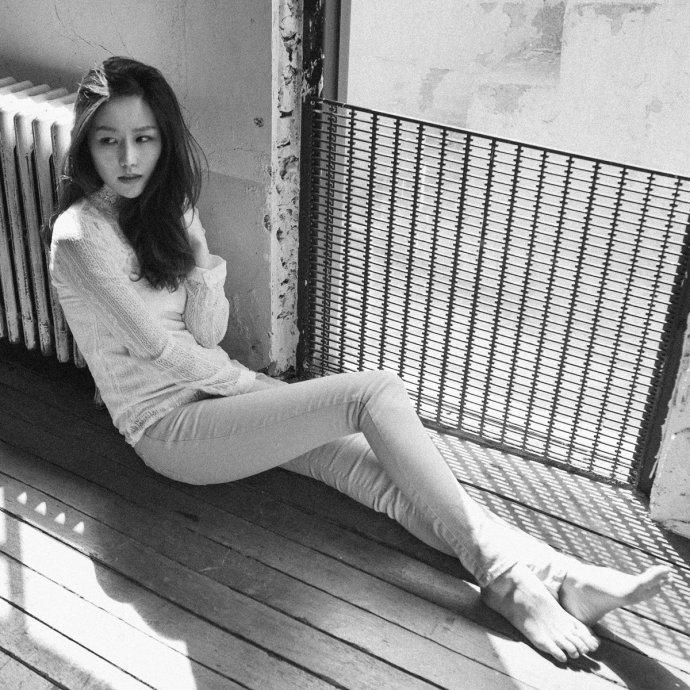 Min Chae – Shine On Me (錄音室母帶24/48, 升頻24/96) [hifitrack FLAC 24bit/96kHz]