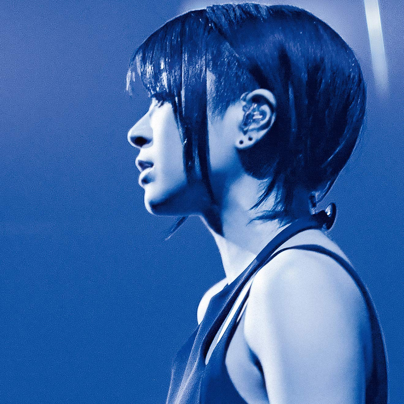 宇多田ヒカル (Utada Hikaru) – Hikaru Utada Laughter in the Dark Tour 2018 [Blu-rayISO+ FLAC + MP3 320]