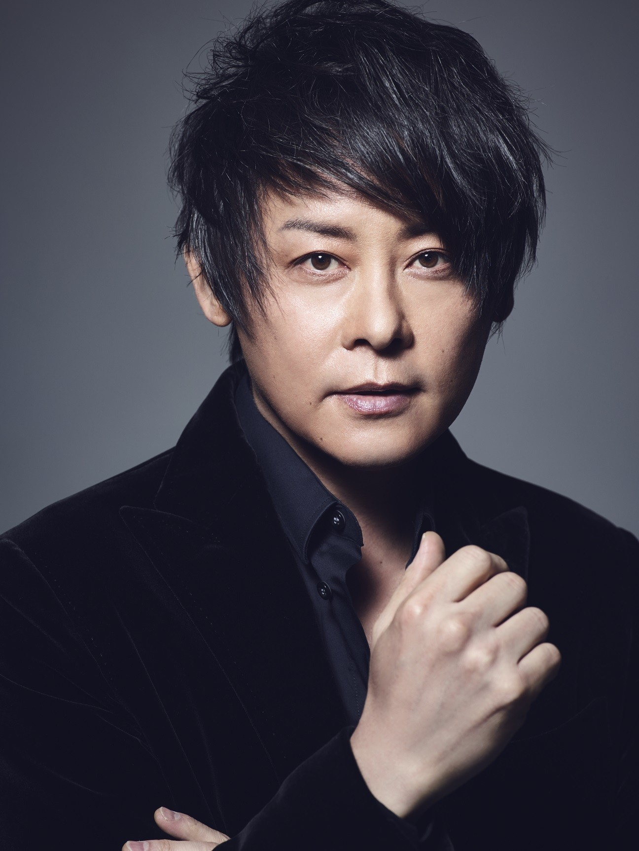 "河村隆一  (Ryuichi Kawamura) – Ryuichi Kawamura Live2020 ""Home"" #02 [MP4 1080p/ WEB] [2020.08.28]"