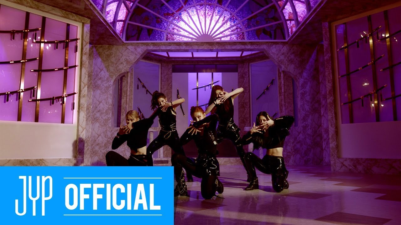 ITZY – In the morning [MP4 2160p / WEB / Bugs] [2021.04.30]